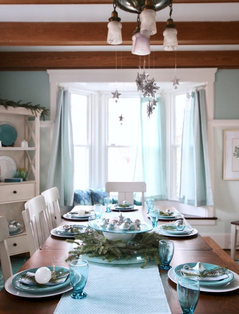 Jennifer House Rochester Ny, dining room makeover, turquoise dining rooms, Raymour and flanigan dining table