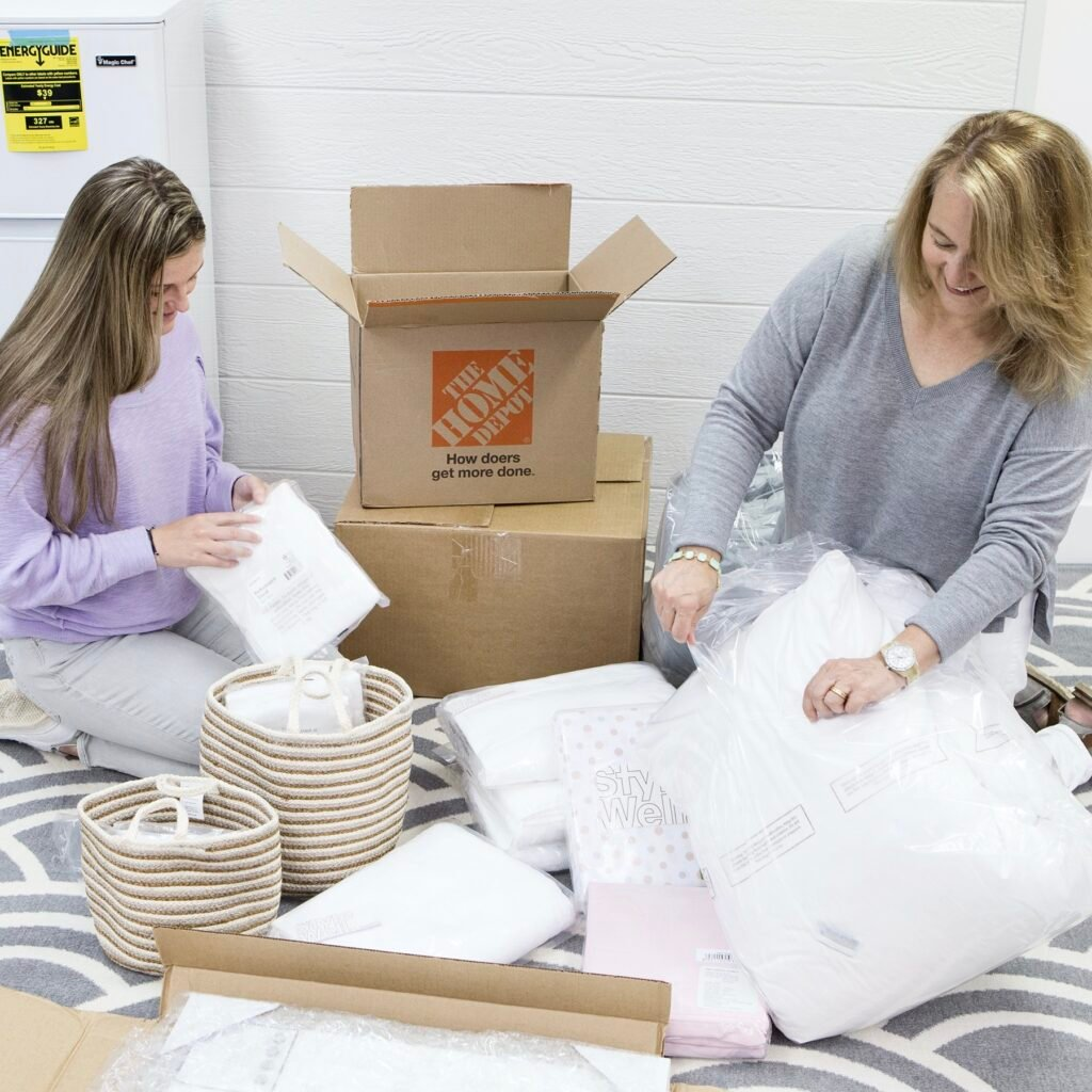 easy shipping for online shopping for back to class an campus decor and essentials from the Home Depot.