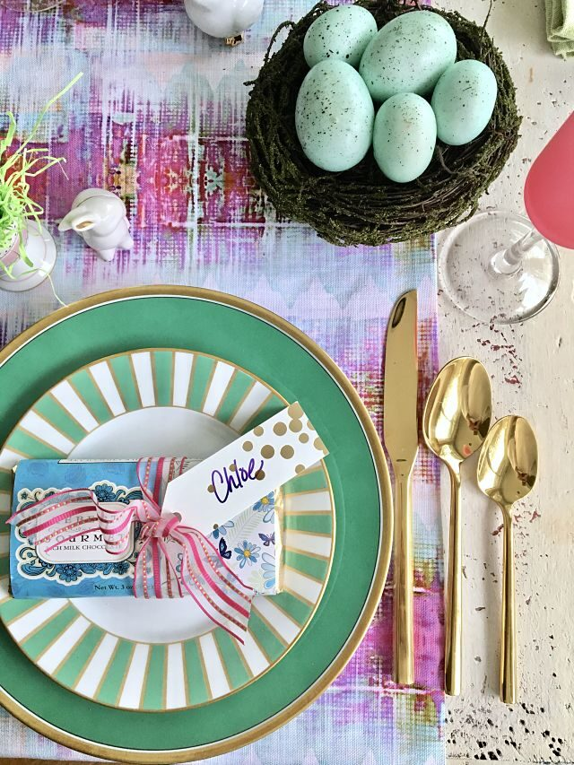 10 Tips to Setting Your Easter Table